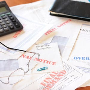 Consult with a Personal Injury Attorney Before Filing Bankruptcy